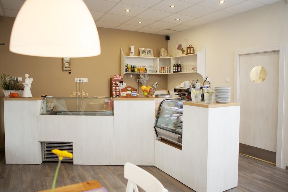 Reštauračný minibar - celkový pohľad